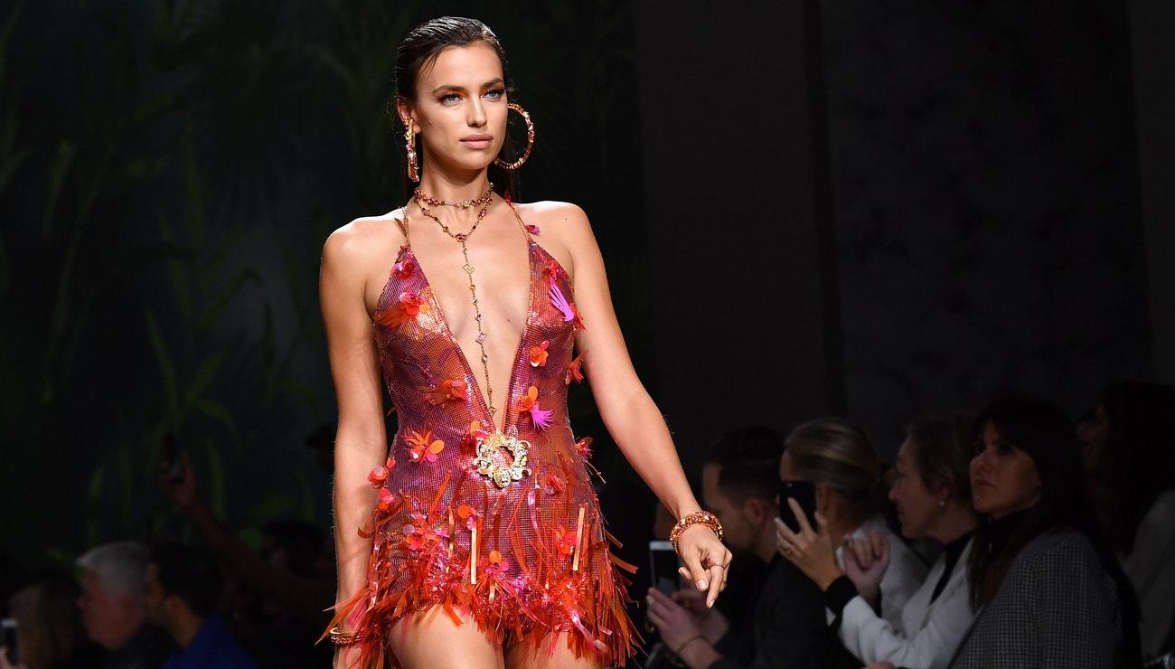 Irina Shayk & Versace. Nejhvězdnější spojení