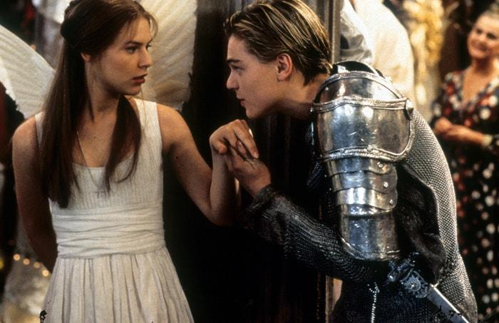 Claire Danes a Leonardo DiCaprio ve filmu Romeo a Julie, 1996