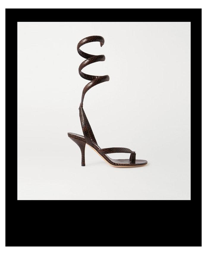 Sandálky s hadím efektem, Bottega Veneta, prodává Net-a-Porter, € 950 Autor: Archiv firmy