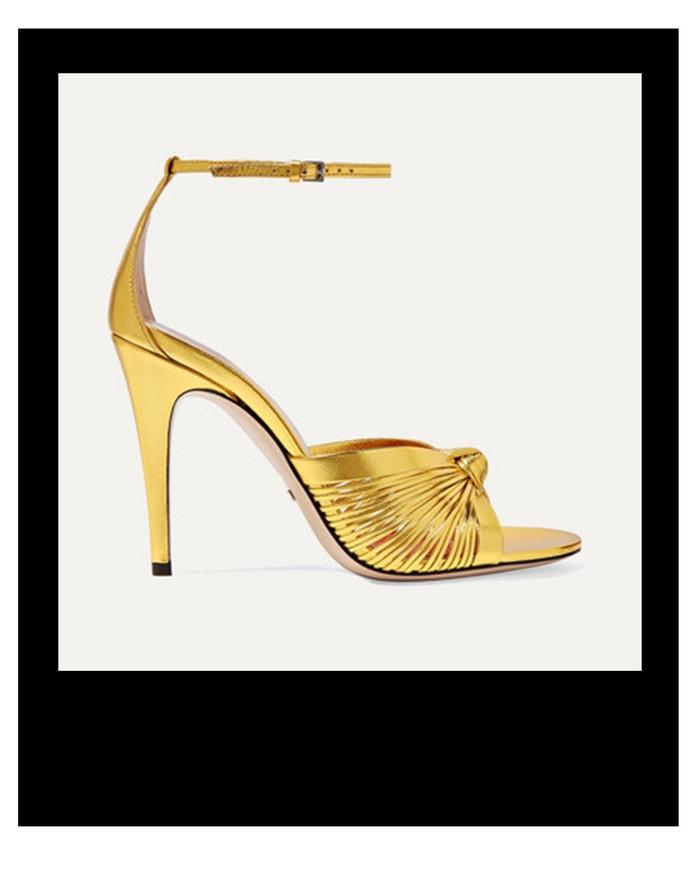 Zlaté sandálky, Gucci, prodává Net-a-Porter, € 790  Autor: Archiv firmy