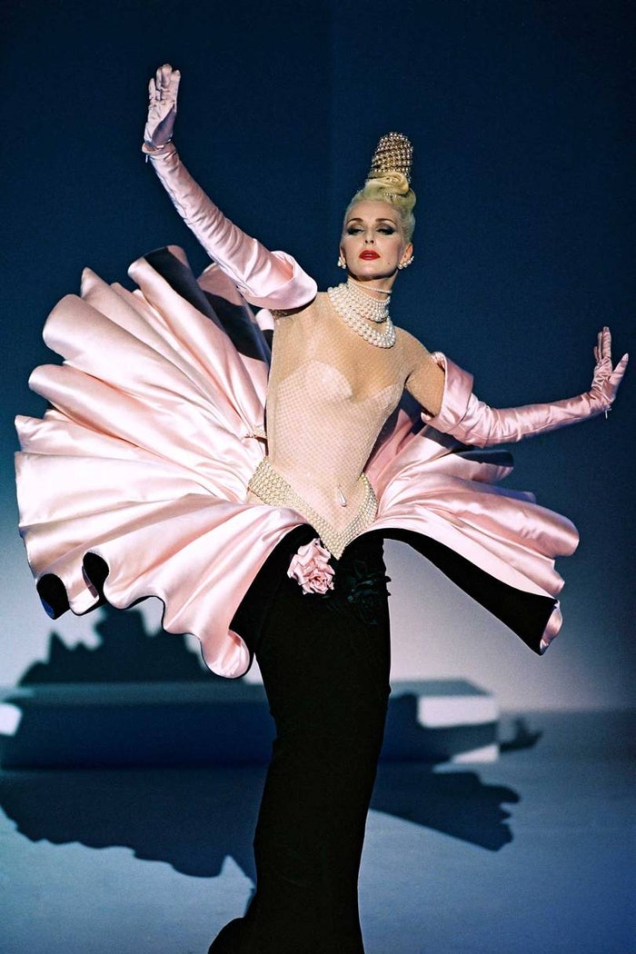 "Simonetta Giarfelici wears an evening ensemble from the Thierry Mugler Ready-to-Wear Autumn/Winter 1995 ""Twentieth Anniversary at the Cirque d'Hiver"" collection"