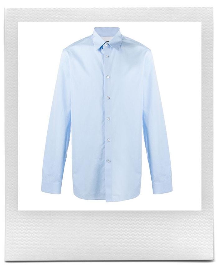 Modrá klasická košile, Jil Sander, prodává Farfetch, 301 € Autor: Farfetch