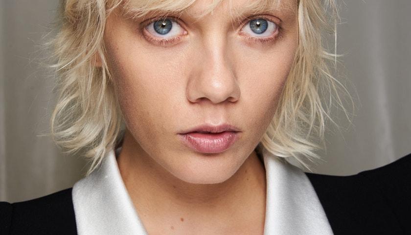 6 beauty trendů z pařížského fashion weeku, které stojí za vyzkoušení