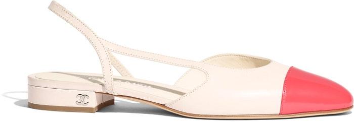 Bílé kožené sandálky s červenou špičkou, Chanel, 680 €