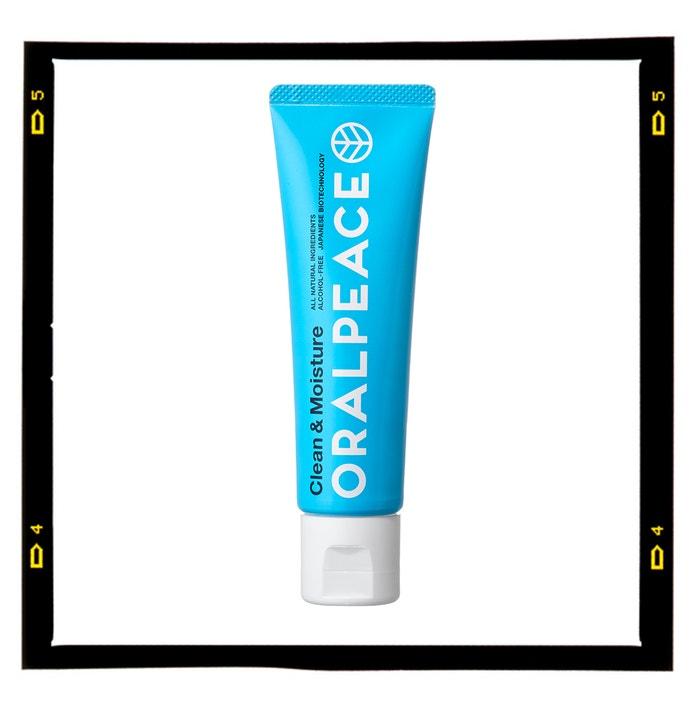 Hydratační zubní pasta Clean & Moisture, ORALPEACE, info o ceně v prodejnách Profimed  Autor: Archiv značky