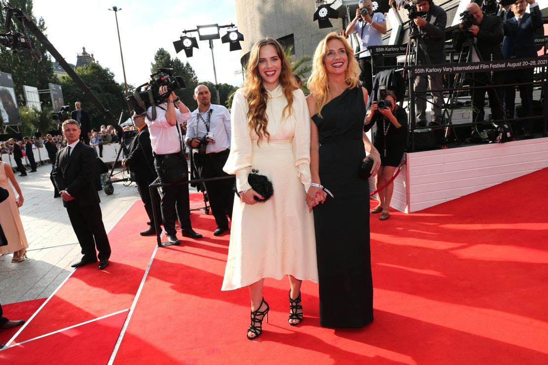 Petra Nesvačilová a Hana Vagnerová na 55. ročníku Mezinárodního filmového festivalu Karlovy Vary