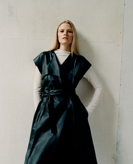 Lara Stone, COS Fall-Winter 2020