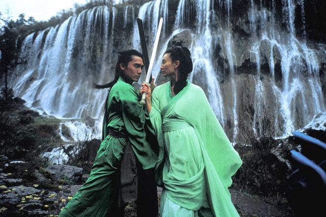 Maggie Cheung a Tony Leung ve filmu Hrdina, 2002