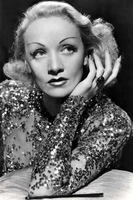 Marlene Dietrich ve filmu Zahraniční aféra (A Foreign Affair), 1948