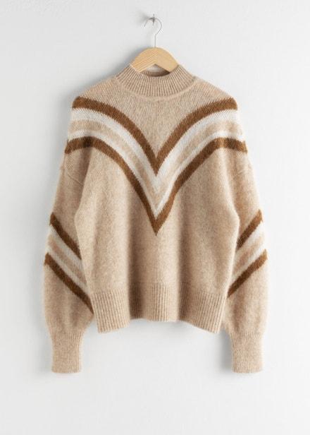 Vlněný svetr navržený losangeleským ateliérem