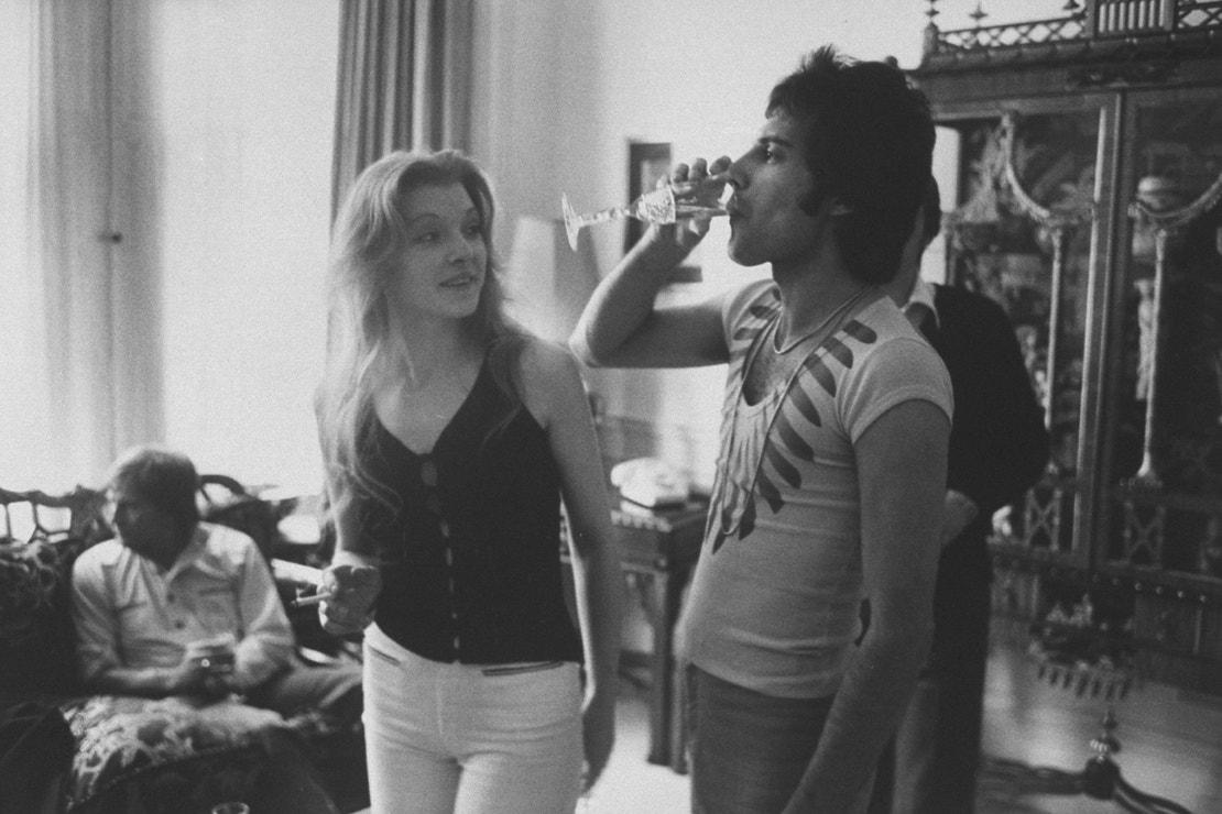 Mary Austin a Freddie Mercury, říjen 1977