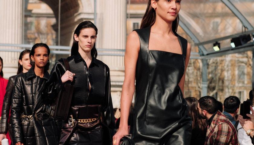 Top trendy z milánských přehlídkových mol