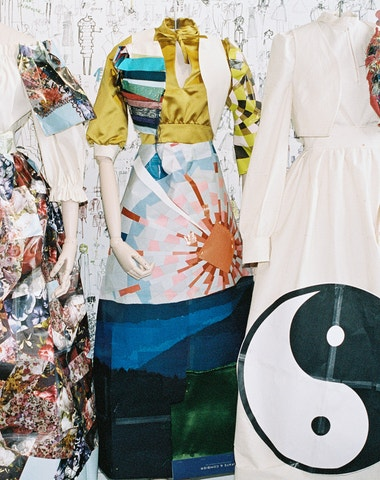 Návrat k černé: Viktor & Rolf AW19 Couture