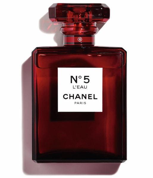 Limitovaná edice No. 5 L'Eau Red, Chanel, 4260 Kč