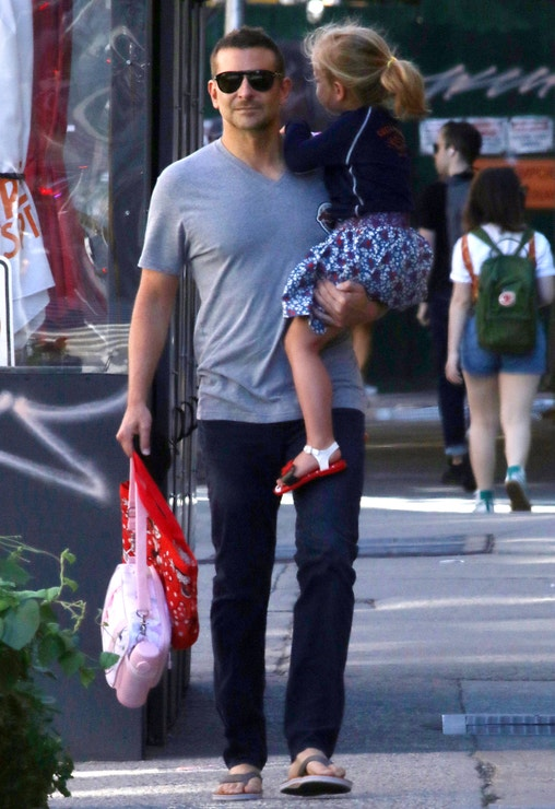 Bradley Cooper s dcerou Leou, 2021