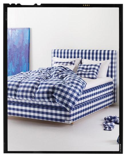 Lehněte si do náručí modelu 2000T II a poznejte to nejlepší, co postele Hästens mohou nabídnout. Hästens, prodává Hästens