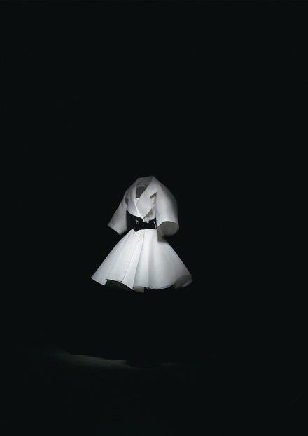 Kabát z haute couture kolekce Rendez-vous d'Amour jaro - léto 1991