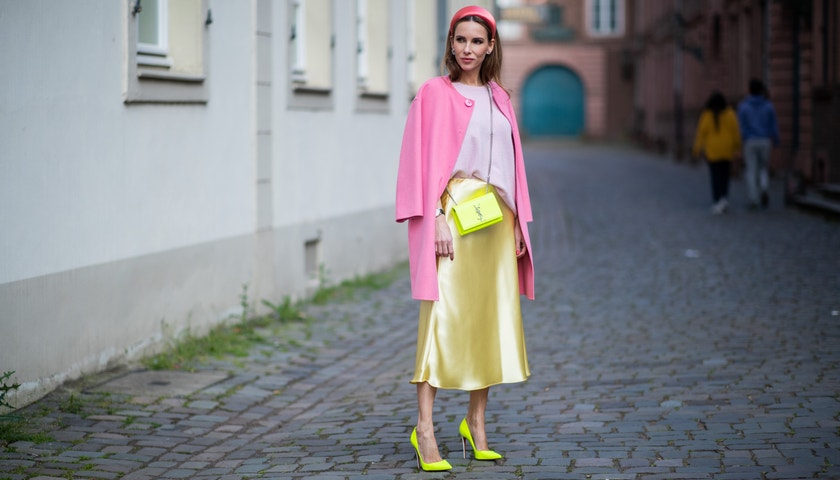Hedvábná sukně: jak a kam ji nosit?