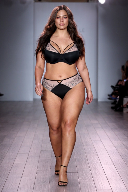 Ashley Graham a její Lingerie Collection, New York Fashion Week. Rok 2016