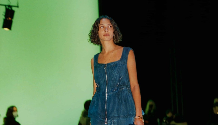 Živě: Bottega Veneta Salon 01 Spring-Summer 2021