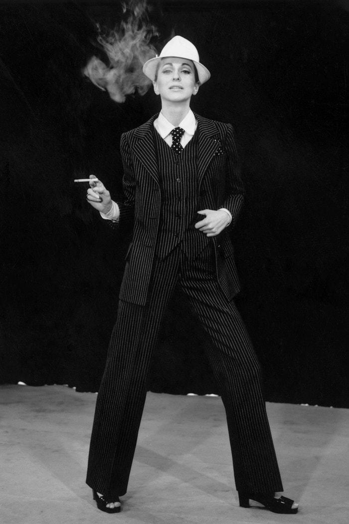 Yves Saint Laurent, Le Smoking, 1967 Autor: Reg Lancaster/Getty Images