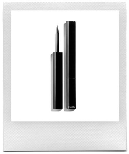 Oční linky Le Liner, Chanel, 1040 Kč