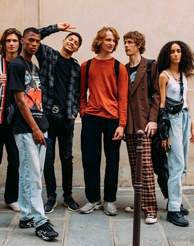 Paris Men's jaro-léto 2022: To nejlepší ze street stylu