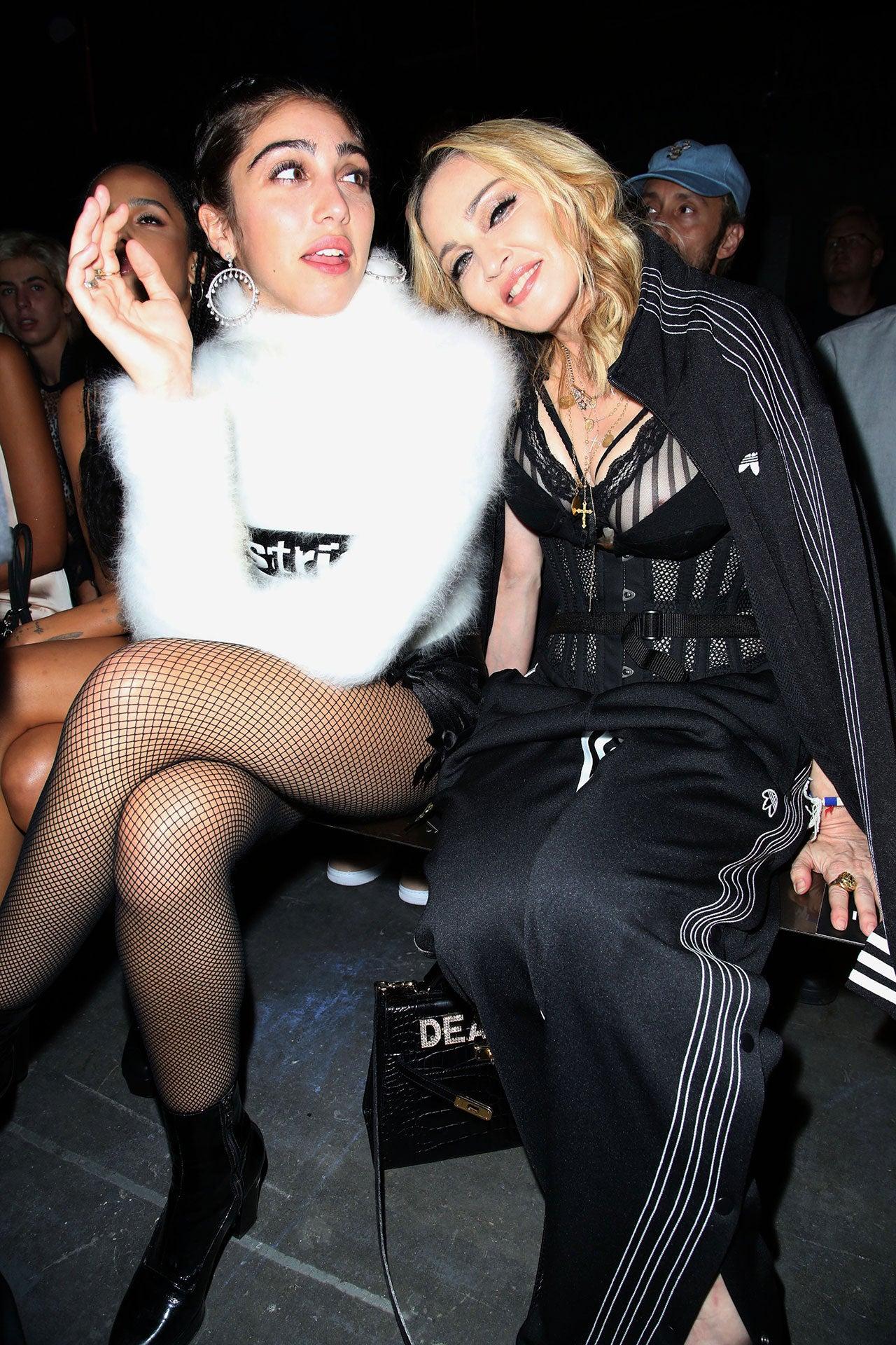 Lourdes Maria Ciccone Leon a Madonna, přehlídka Alexandera Wanga, New York Fashion Week, září 2016 Autor: Matt Baron/REX/Shutterstock