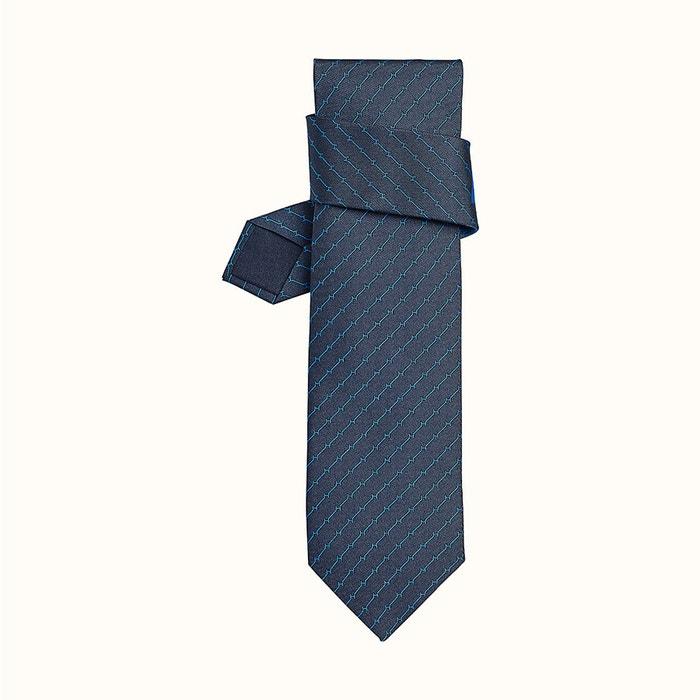 H Attack kravata, Hermes, hermes.com, 4 800 Kč Autor: Archiv značky