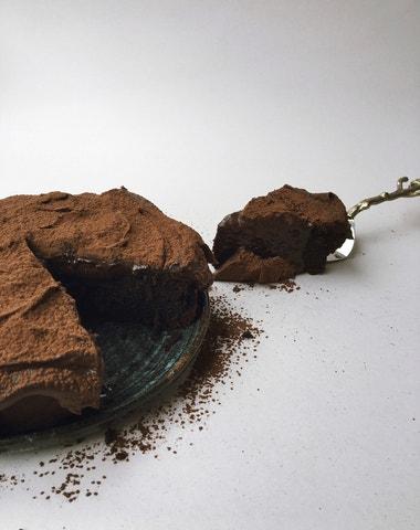 Vogue v kuchyni #26: Čokoládový dort à la GmbH