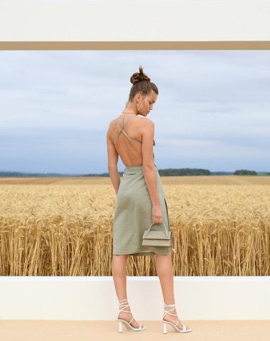 Jacquemus Spring-Summer 2021 tentokrát uprostřed pšeničných polí