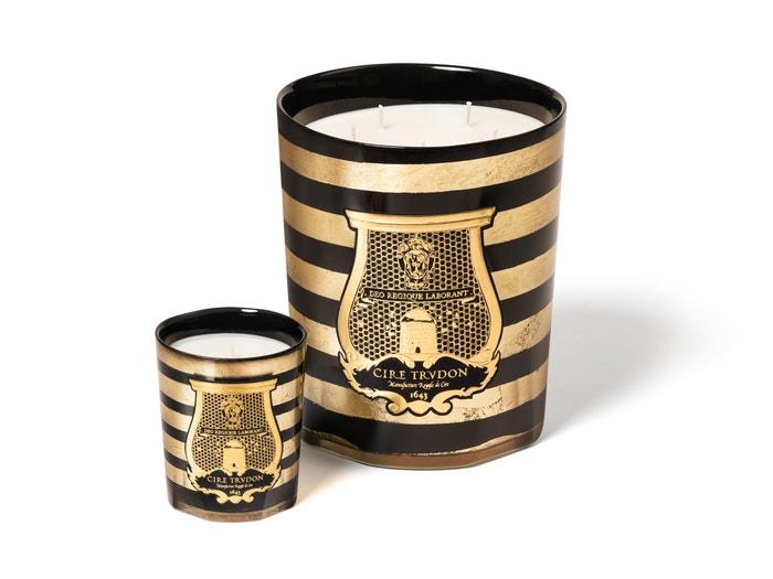 Vonná svíce, Cire Trudon pro Balmain (prodává Ingredients), 270 g za 2900 Kč a 3 kg za 15 600 Kč