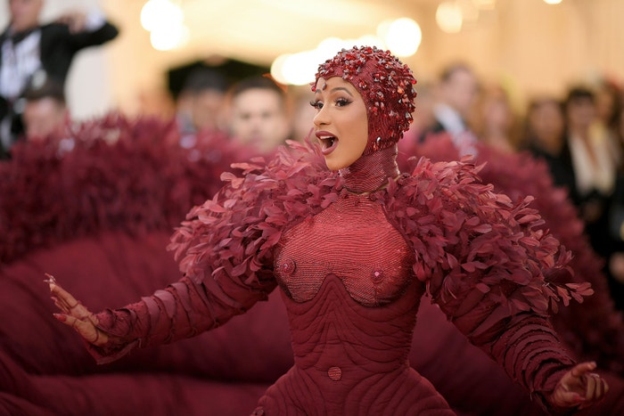 Cardi B na Met Gala 2019, téma Camp: Notes on Fashion, Metropolitní muzeum v New Yorku, květen 2019 Autor: Neilson Barnard/Getty Images