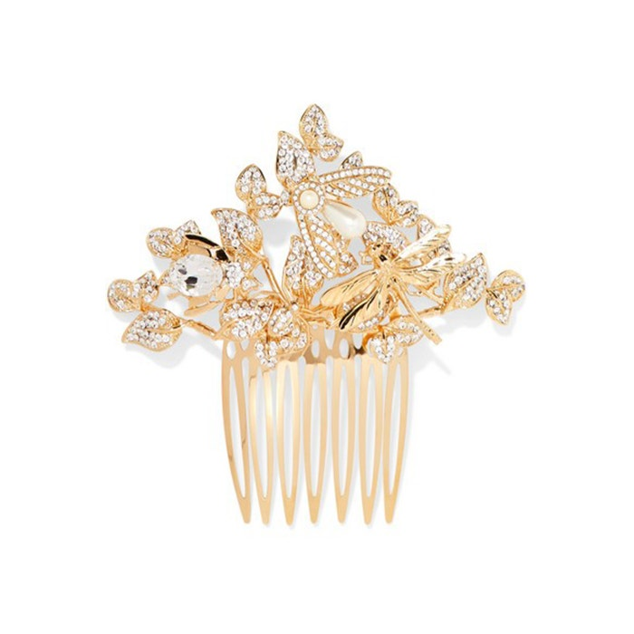 Zlatý hřebínek do vlasů s kameny a perličkami, Dolce & Gabbana, prodává Net-A-Porter, 845 €