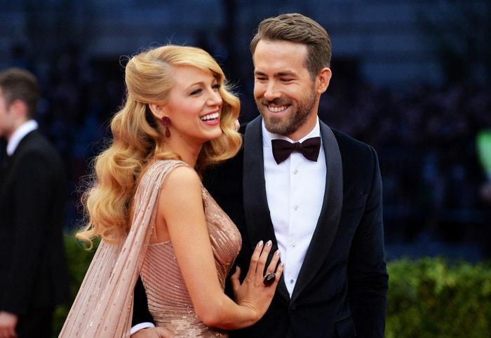 Blake Lively a Ryan Reynolds na Met Gala Charles James: Beyond Fashion v newyorském Metropolitním muzeu, květen 2014