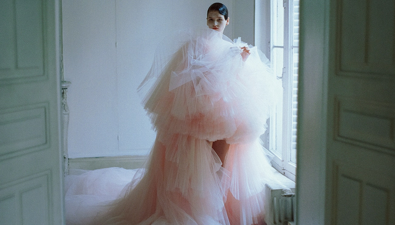 What Makes Fashion Truly High?