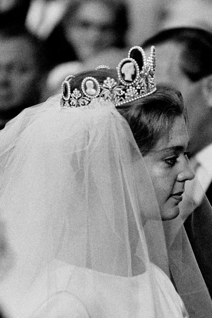 Princezna Birgitta Švédská a Hohenzollernská s tiárou Cameo s portréty a perlami Autor: Getty Images