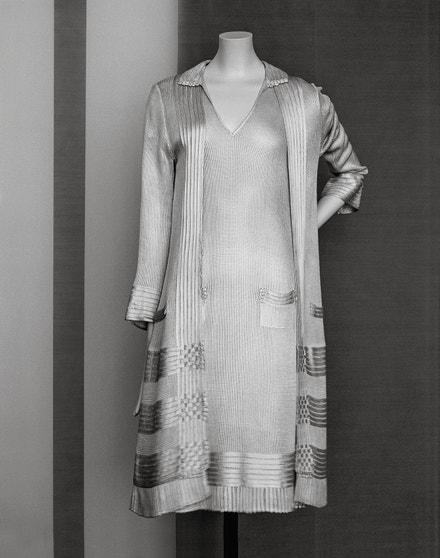 Šaty a sako Chanel, 1922 & 1928