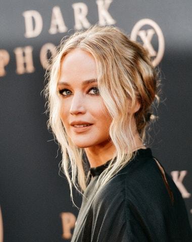 Účesy Jennifer Lawrence
