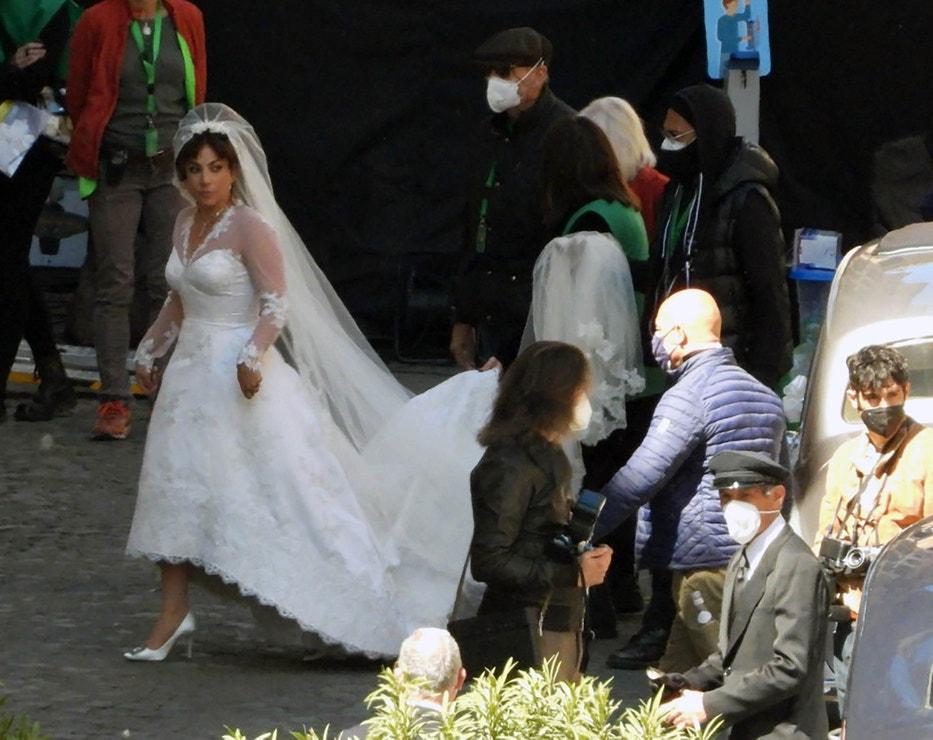 Lady Gaga během natáčení snímku House of Gucci, 8. dubna 2021, Řím, Itálie