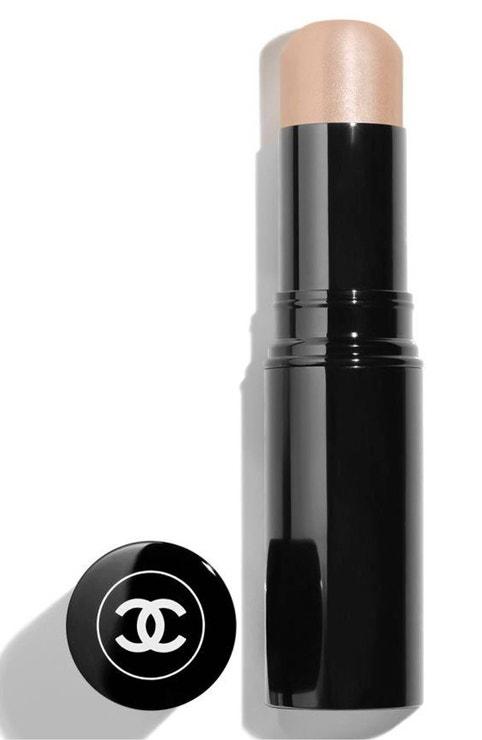 Rozjasňující balzám Baume Essentiel Multi-Use Glow Stick v odstínu Transparent, Chanel, 1180 Kč