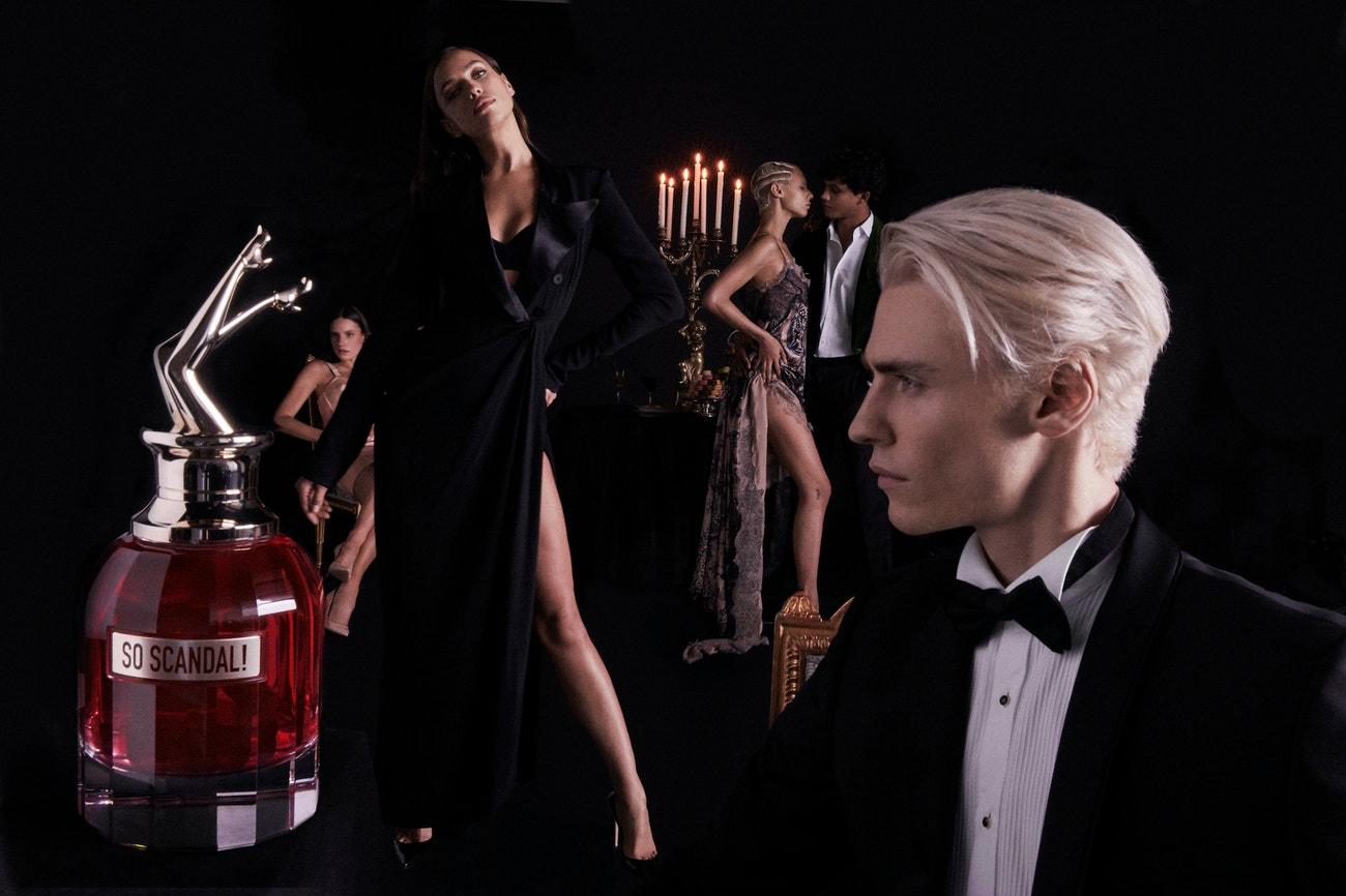 Irina Shayk v kampani na parfém So Scandal!