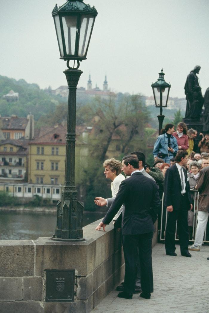 Princ Charles a princezna Diana na Karlově mostě, květen 1991          Autor:  Jayne Fincher/Princess Diana Archive/Getty Images