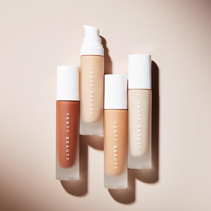 Matující tekutý make up Pro Filt'r , Fenty Beauty, prodává Sephora, 860 Kč