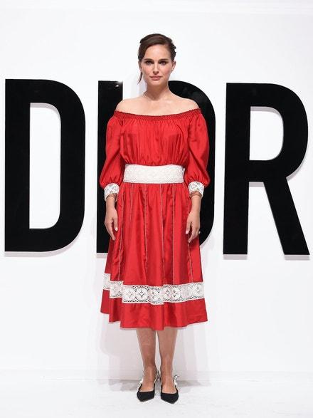 Natalie Portman v Tokiu na akci Dior For Love, červenec 2017