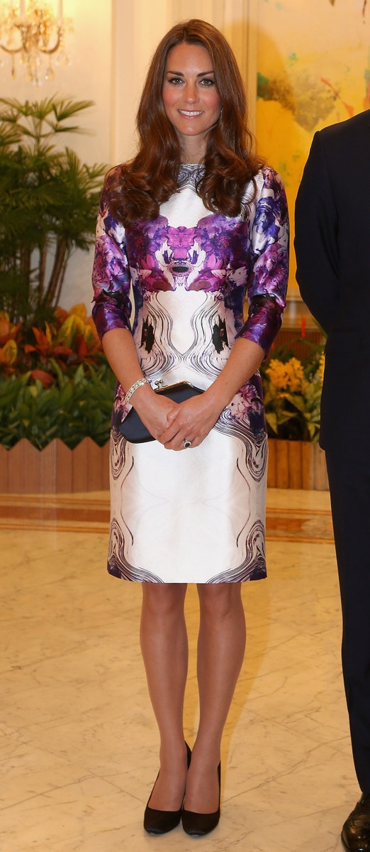 Catherine, Duchess of Cambridge in Prabal Gurung on the first day of the Diamond Jubilee Tour of the Far East in Singapore on September 11, 2012. Autor: Getty Images