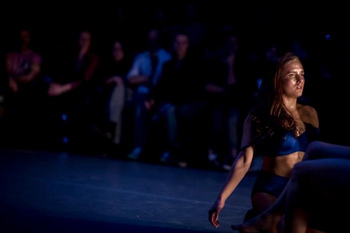 Tanečnice Helena Araújo během představení Pojďme na tanec!
