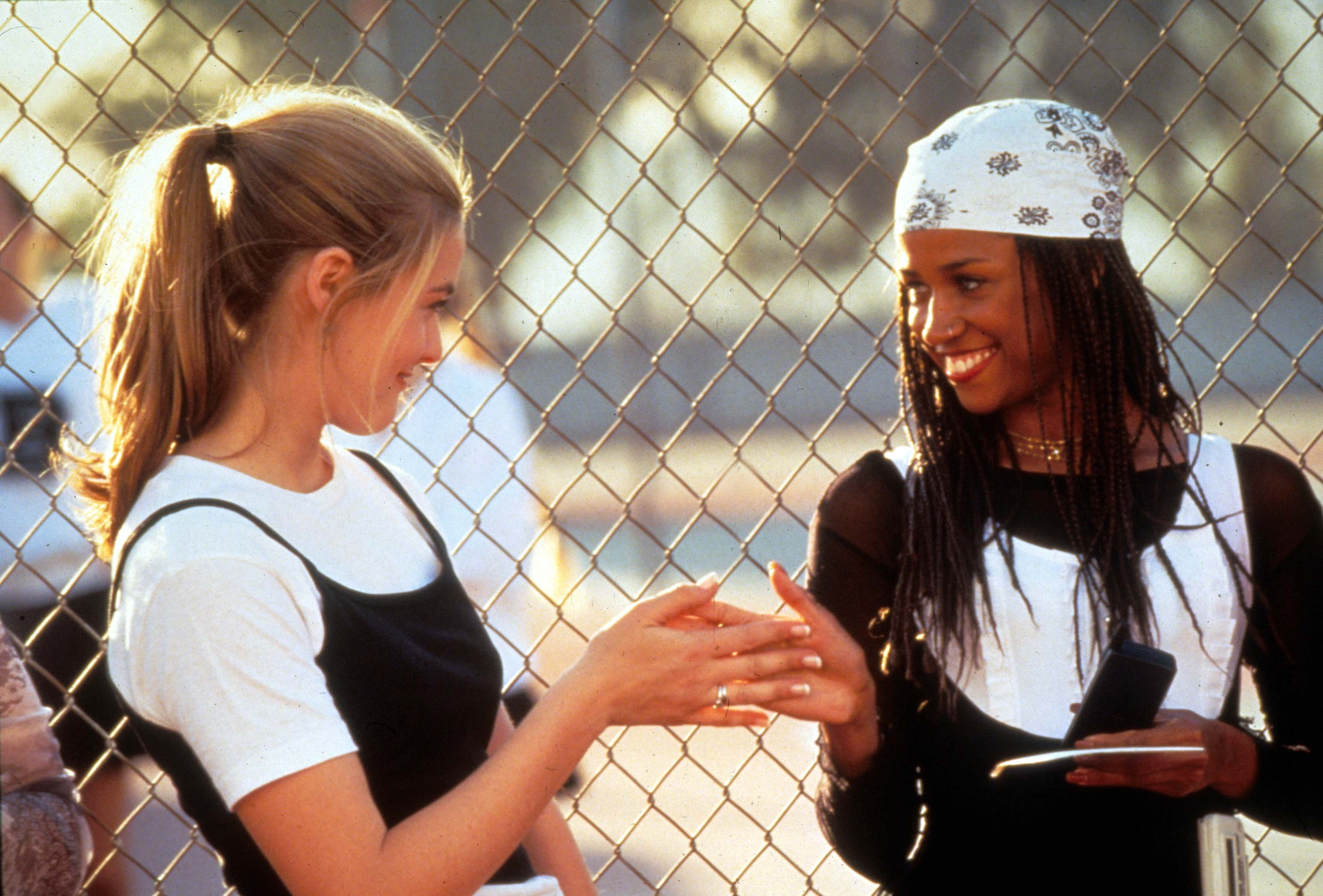 Alicia Silverstone a Stacey Dash ve filmu Praštěná holka Autor: Moviestore/Shutterstock
