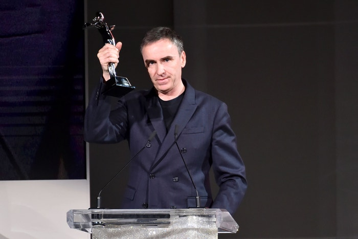 Raf Simons získal cenu CFDA Womenswear Designer of The Year 2018