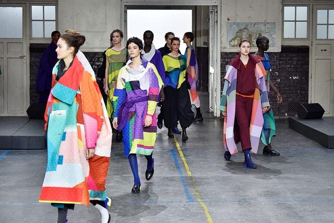 Issey Miyake ready-to-wear AW19/20, Paris Fashion Week, březen 2019
